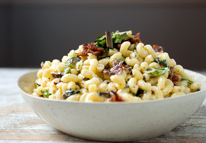 The crowds will come running to this macaroni salad.