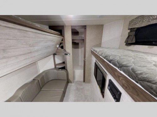Flagstaff V-Lite Travel Trailer Bunkhouse